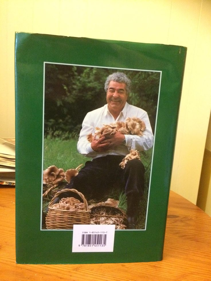 Sad to learn Antonio Carluccio (one of my earliest inspirations for mushroom hunting) died last week. Look how much this guy loved his mushrooms. He fing LOVED them! #mycology #fungi #mushrooms #Mushroom #BeatrixPotter #nature #Ambleside #fungus #science #mushroomsociety #shrooms