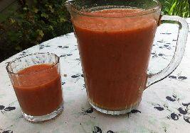 Hier vind je overheerlijk recept voor een ijskoude soep van watermeloen helemaal volgens de voedselzandloper.
