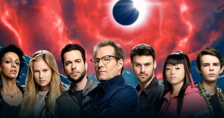 'Heroes Reborn' Sneak Peek Promises 'Heroes' on Steroids -- Creator Tim Kring and his cast pull the covers off the new NBC reboot series 'Heroes Reborn' in the latest sneak peek. -- http://movieweb.com/heroes-reborn-featurette-behind-scenes/