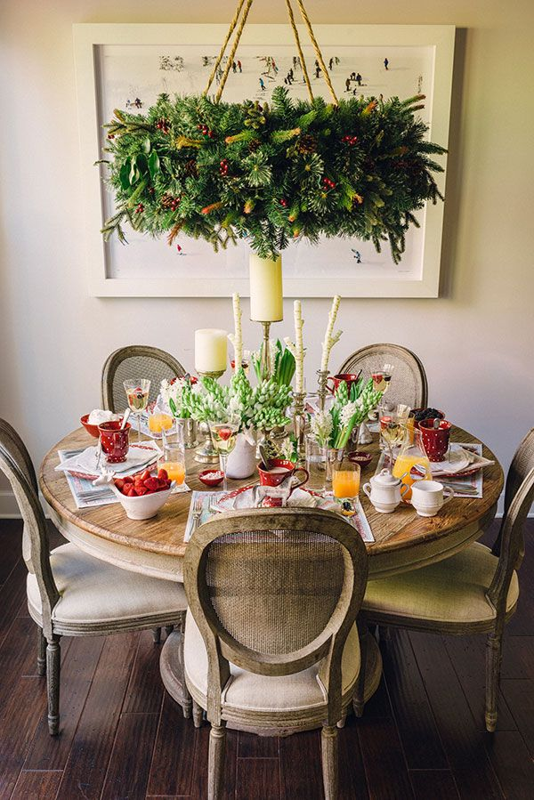 47 best the holiday table images on pinterest for Decor table de noel