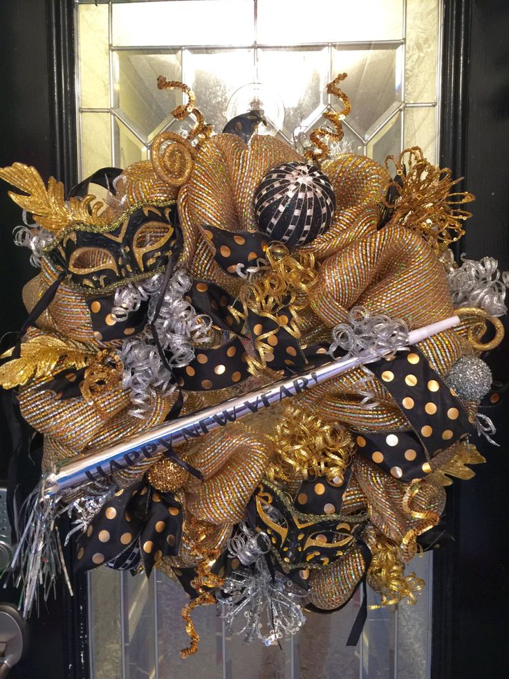 New Year's Wreath, New Year's Decoration, New Year's Party, Door Hanger, Wreath for Door, Front door Wreaths, Pre-Order by OccasionsBoutique on Etsy