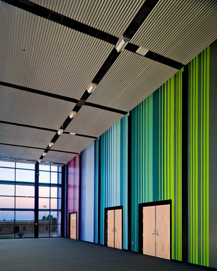 Edcouch-Elsa ISD Fine Arts Center / Kell Muñoz Architects