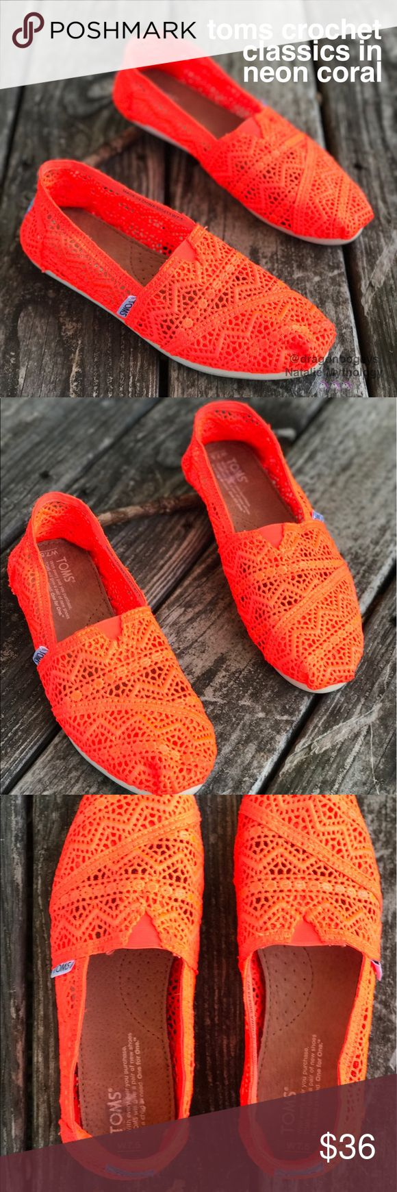 TOMS Crochet Classics in Neon Coral Neon is an understatement for these adorable crochet classics! These babies are BRIGHT. So bright that they almost glow in the dark! Fun zigzag crochet pattern. Perfect for summer nights ☀️ Worn twice, in excellent condition! TOMS Shoes Flats & Loafers