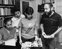 Polgár Judit, Polgár Zsuzsa, Polgár Zsófia és édesapjuk Polgár László (1989)