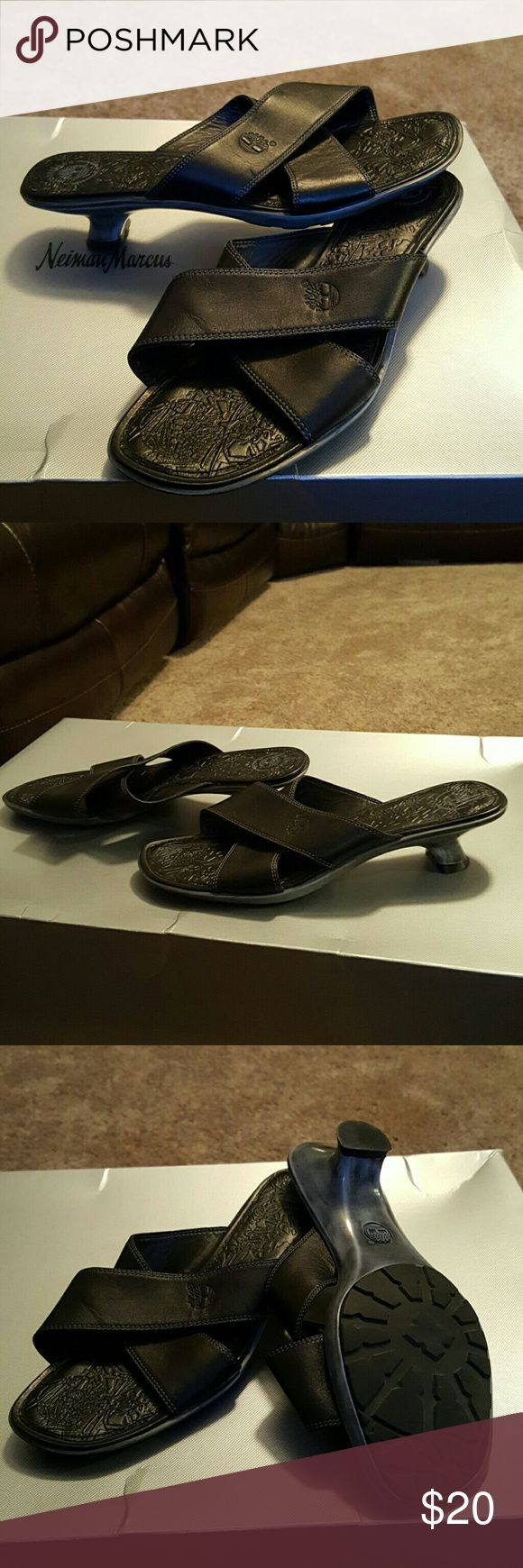 Timberland leather sandals Black and Gray Timberland sandals in great condition with leather upper.  Gray low hills. Nonslip sole. Timberland Shoes Sandals