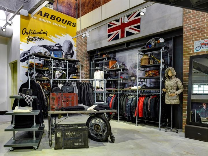 Barbour store by RGLA Solutions, Chicago – Illinois » Retail Design Blog