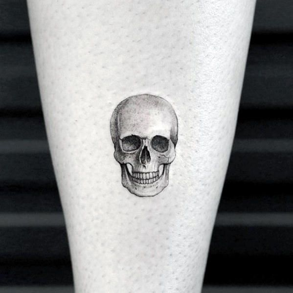 3d Realistic Tiny Skull Mens Small Tattoo Designs