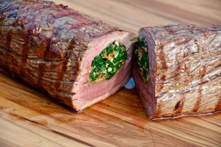 Gefülltes Filet vom Grill dürfte nach diesem Rezept eure Gäste begeistern!!! Egal ob Schwein, Rind oder Büffel die Füllung passt zu allem!!!