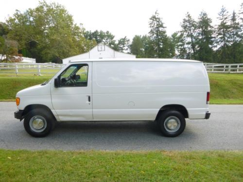 2003 Ford E250 3/4 ton Econoline Van ONE OWNER NO RESERVE, image 1