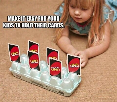 Make it easy for your kids to hold their cards with an egg carton.