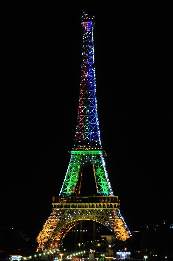 From one icon to another. The Eiffel Tower lights up in honour of Madiba.