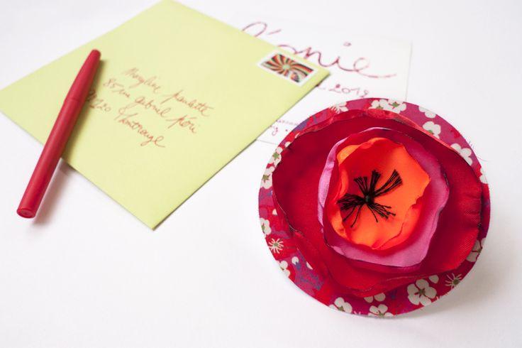 Rose Time O'Clock DIY créer une broche fleur en tissu faire-part de naissance par Les Trafiquantes