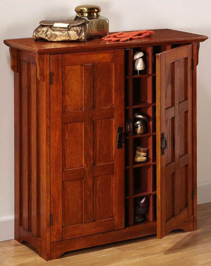 Wooden Shoe Cabinet With Doors
