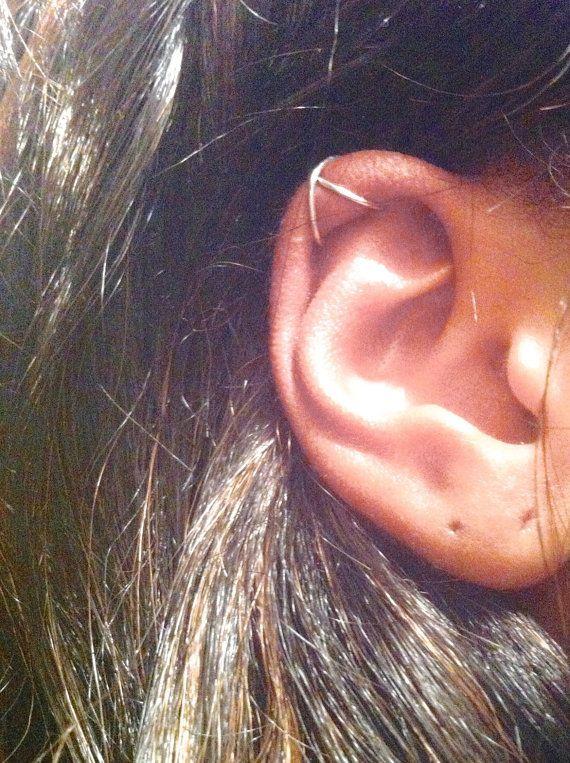 Criss Cross Ear Cuff Bracciale orecchio cartilagine, No Pierce Ear Cuff, semplice Ear Cuff, orecchino cartilagine falso, falso Helix Piercing, regali sotto i 15 anni