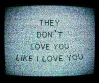 Oh really they??! Who r they??! Oru vela nee Love pannarenu poramaiyo??! Adhunala ??!