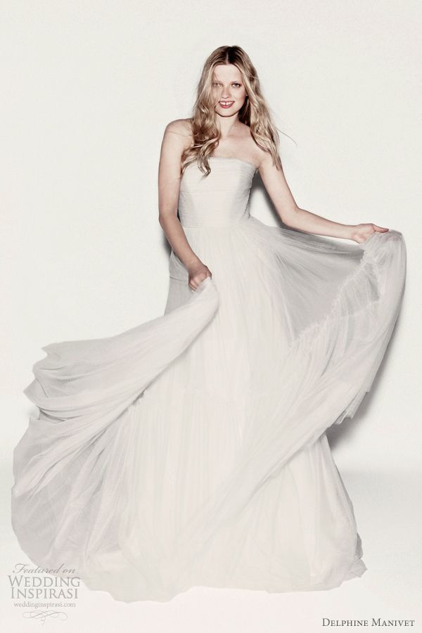 delphine manivet 2012... this picture does not do this dress justice... it is incredible... so soft and gauzy