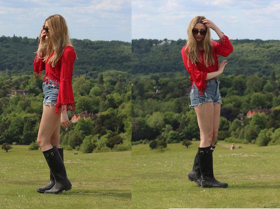 Laura Rogan - Boohoo Top, Oasap Shorts, Hunter Wellies, Asos Sunglasses - Over The Hill