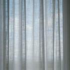 Tienda en el centro de Valencia, donde podras encontrar las mejores telas para cortinas y tapicerias de las más prestigiosas firmas... http://elcomerciodetubarrio.com/page/www-etamin-es