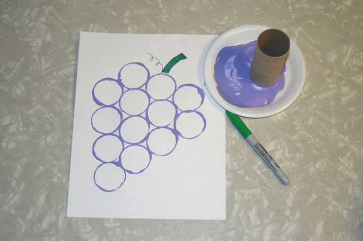 Purple grapes stamped with toilet paper roll love to for Food crafts for preschoolers