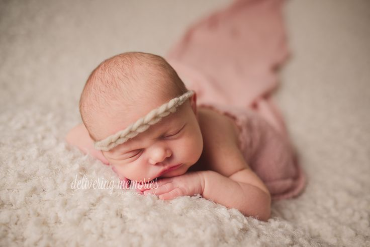 Newborn photography delivering memories photography fort wayne indiana