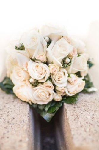 """Exclusive bridal bouquet of peach-colored roses by """"Silvia Galla"""""""