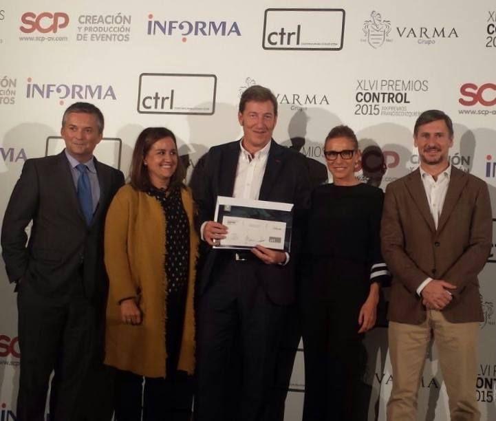 """En la entrega de premios de la Revista CTRL, INFORMA D&B ha conseguido el 2ª galardón por """"Mejor Empresa SS al Marketing Directo"""" Toda la info: http://controlpublicidad.com/2015/11/10/premios-control-2015  ¡Felicidades a todo el equipo!"""