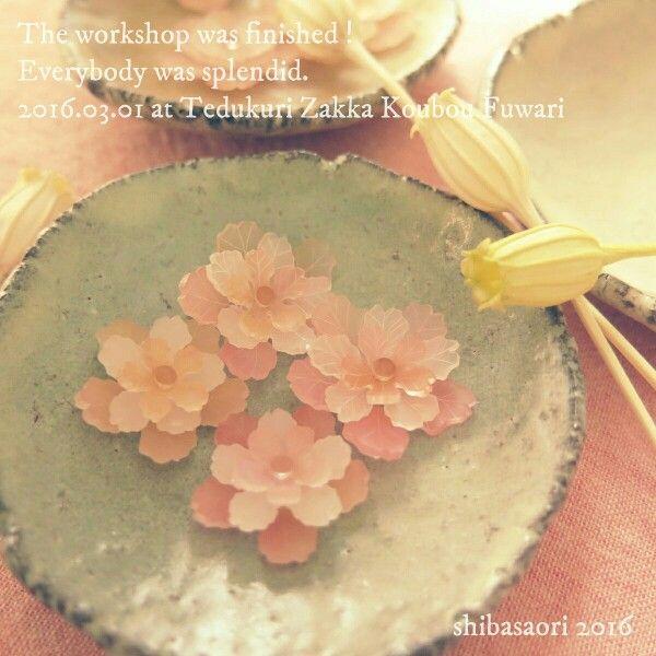 桜の立体プラ板アクセサリー http://jasminemascot.com/