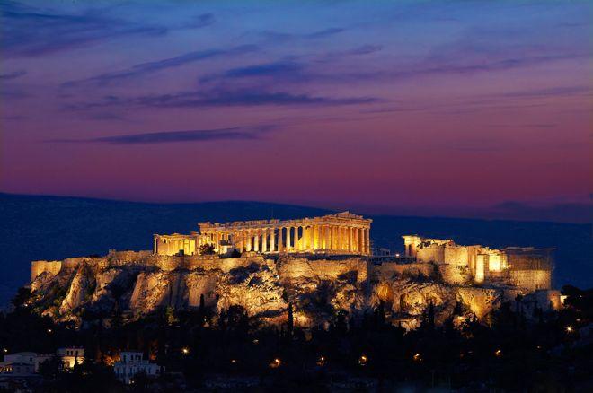 聖なるパルテノン神殿で歴史の息吹を感じ、聖域を一望できるホテルで時空の旅へ。