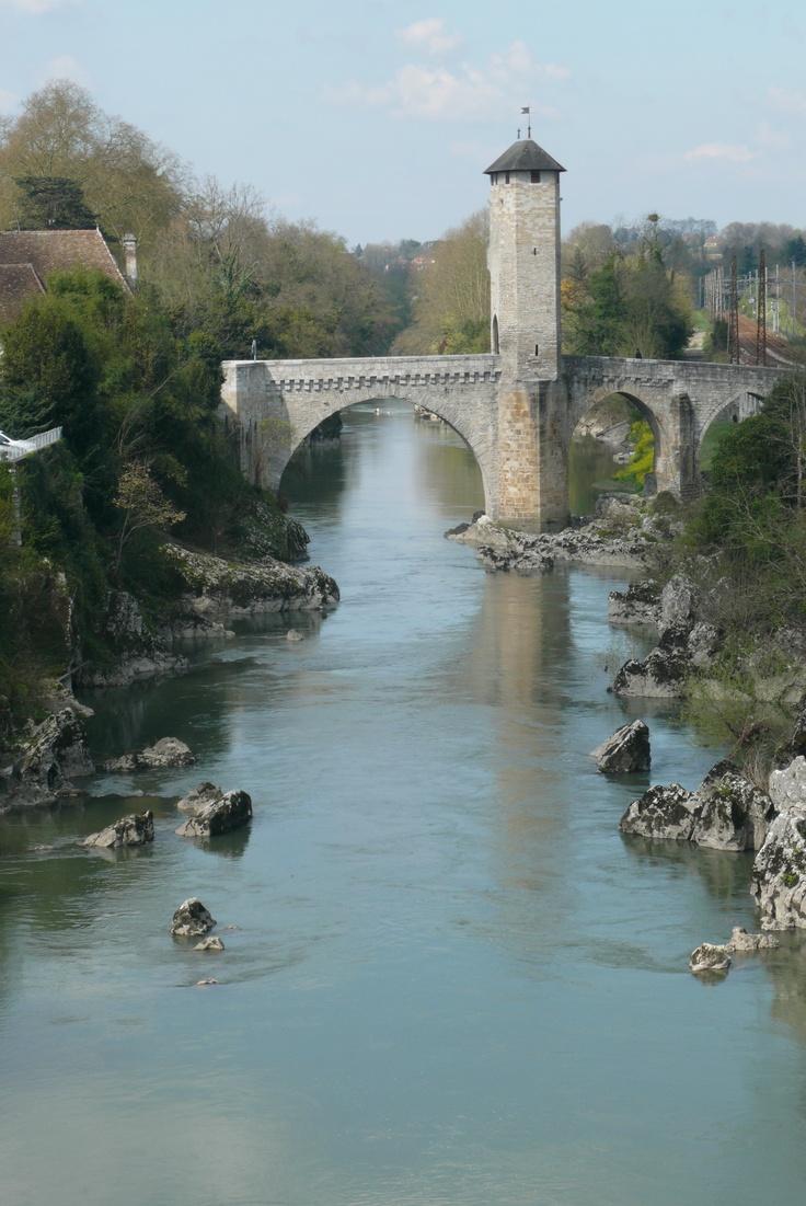 Pont vieux à Orthez