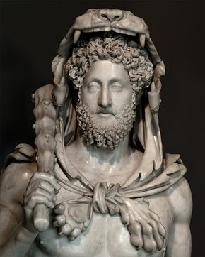 Bust of the emperor Commodus as Hercules (close-up). Marble. Ca. 185 A.D. H. 118 cm. Rome, Capitoline Museums, Palazzo dei Conservatori.