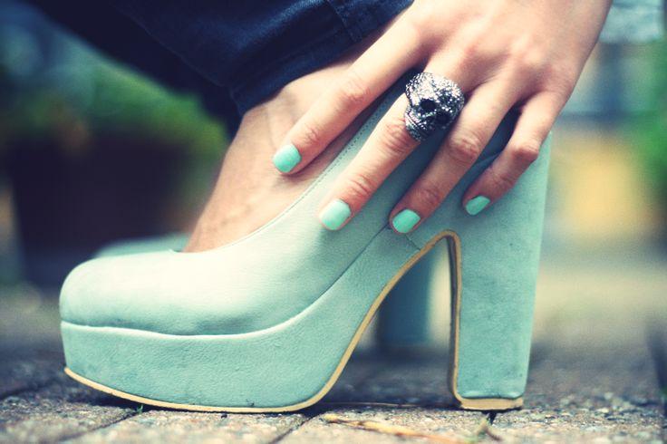 137 best Shoes and Nails images on Pinterest | Mi estilo, Sandalias ...