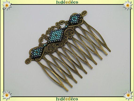 Bijou de cheveux tissage de perles de verre sur peigne à par LyDDco