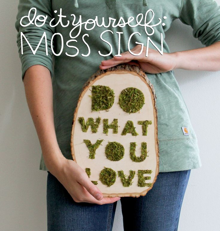 #DIY: MOSS SIGN on Crafted in #Carhartt