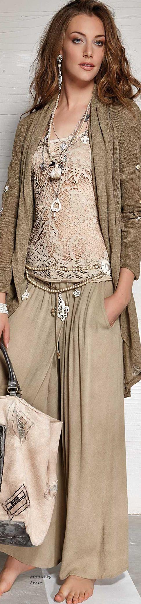 Boho Style Chic • I love love love this!  ≫∙∙☮ Bohème Babe ☮∙∙≪• ❤️ Babz ✿ιиѕριяαтισи❀ #abbigliamento #bohojewelry #boho