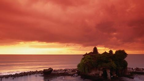 Tanah Lot   Bali, Indonesia
