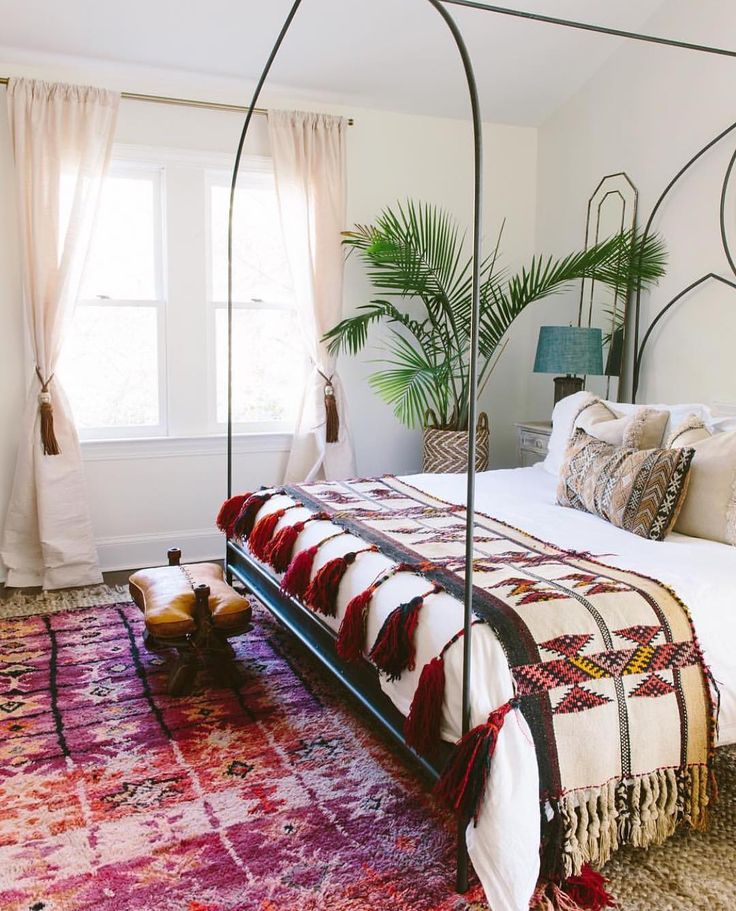 Best 25+ Bohemian bedrooms ideas on Pinterest