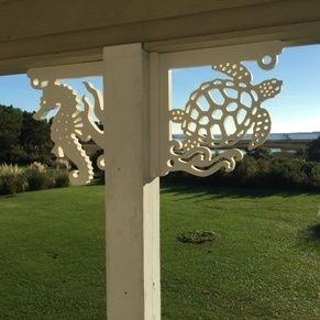 Coastal Themed Decorative Corner Brackets