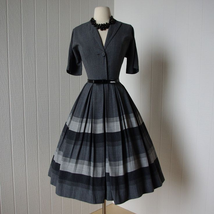 shirtwaist dresses: another fashion i'd like to incorporate into my wardrobe... [note to self: utilize etsy as a resource...]