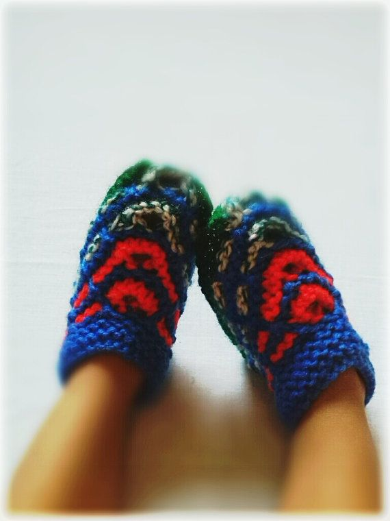 Warm Baby  Bootees by WarmandCozyKnits on Etsy