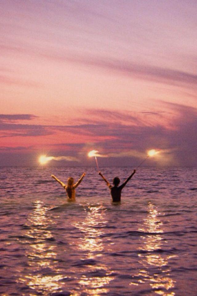 VIDA Statement Bag - Horse Beach Sunrise by VIDA Uh1D8kLD