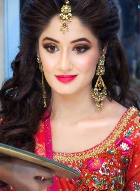 Make Up By Natasha Salon Outfit By Farah Talib Aziz | Wedding Beauty U0026 Hair | Pinterest ...
