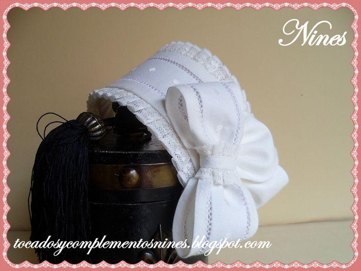 tiara de lino con bodoque y valencie