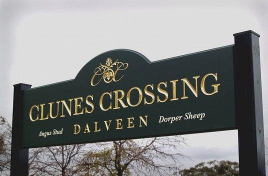 Clunes Crossing Farm Sign | Danthonia Designs