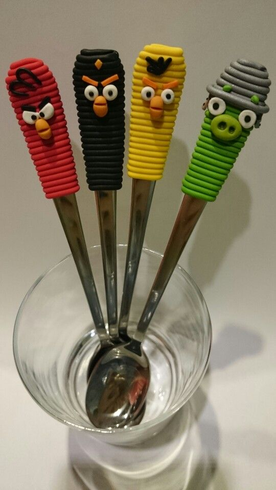 Angry birds fimo spoons. Love it. One evening.