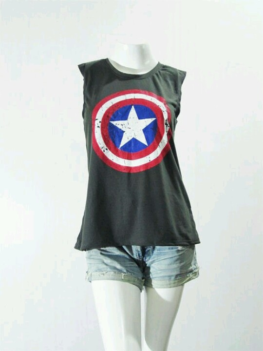 I can't really accurately describe how badly I want a Captain America shirt!  And a Thor shirt. And a Iron Man shirt.