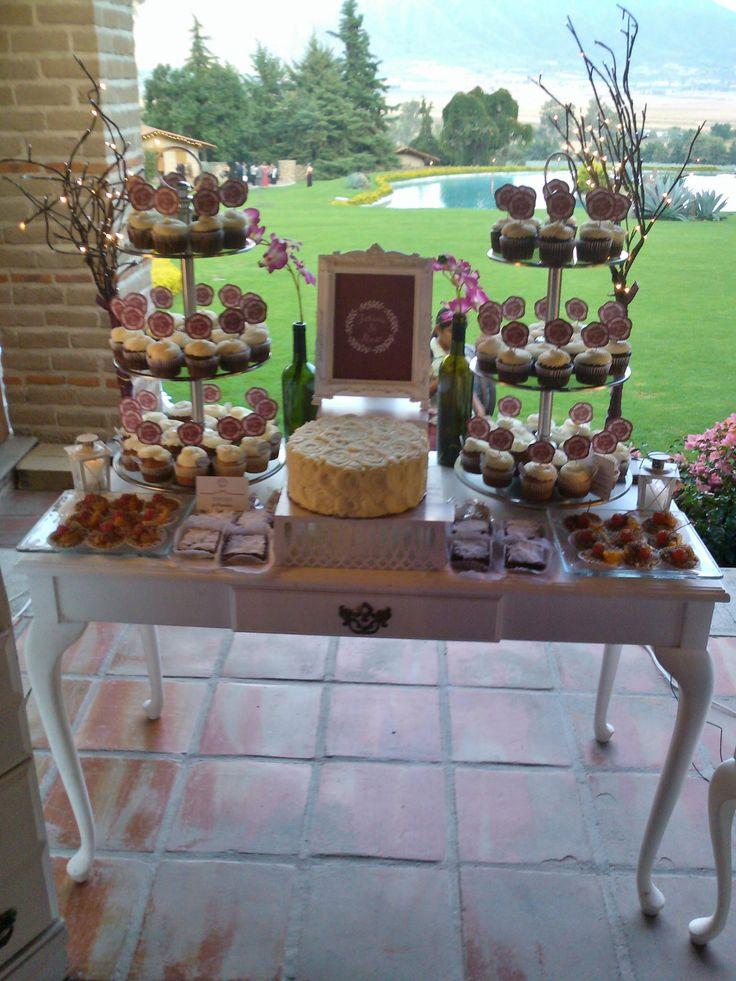 #mesadepostres #boda #casaestradacupcakes