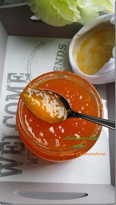 gelée à la mandarine 300g de chair de clémentine 300g de sucre 40ml de jus de citron 3g d'agar agar