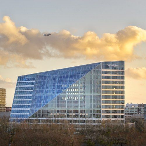 The office of the future the edge in amsterdam circular for Amsterdam economica