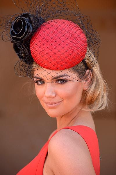 Kate Upton. Melbourne Cup Carnival http://mariaefmilliner.com/melbourne-cup-carnival-horses-fashion-and-beauty/