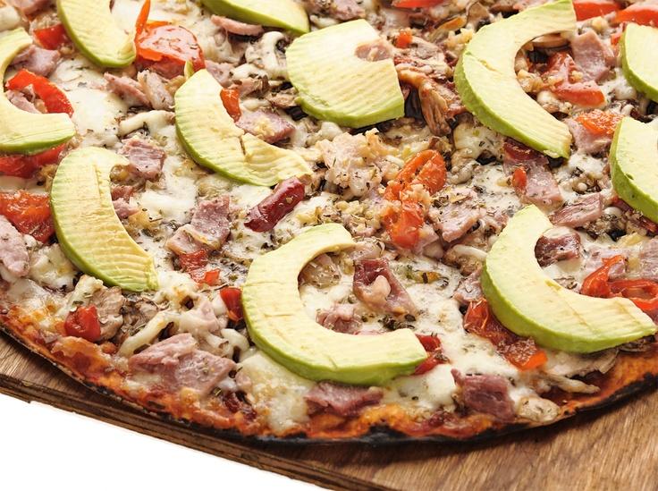 The Da Vinci's pizza... bacon, avo, mushrooms, garlic... and extra peppadews